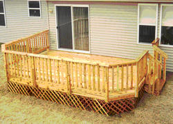 12' x 12' Deck w/ Lattice Apron