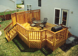14' x 20' Privacy Deck w/ Grill Bump-Out