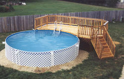 12' x 22' Leisure Deck for an 18' Pool