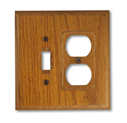 Traditional Red Oak Wood 1 Toggle 1 Duplex Wallplate