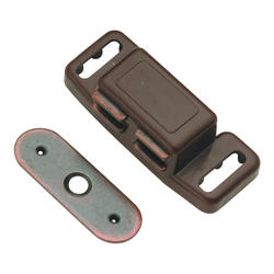 """Hickory Hardware 1-1/2"""" C/C Magnetic Catch"""