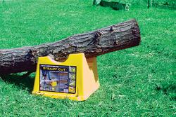 Steady Cut Log Support Cutting Aid