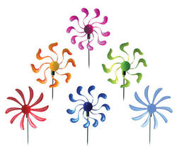 Small Twister Garden Stake (Assorted Styles)