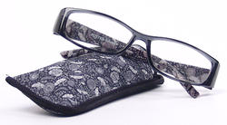 Foster Grant Dixie Black Reading Glasses with Case