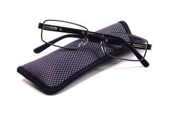 Foster Grant Tommy Black Reading Glasses with Case