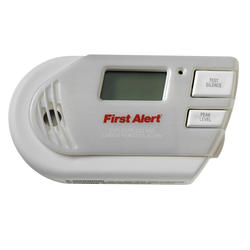 First Alert Plug-In Combination Explosive Gas and Carbon Monoxide Alarm