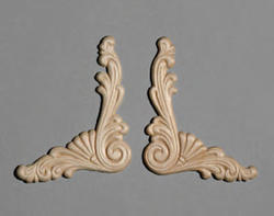 """3-1/2"""" x 3-1/2"""" Birch Left and Right Angle Accent Moulding"""