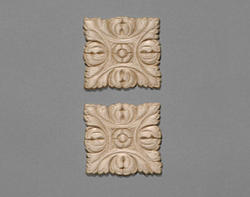"""2"""" x 2"""" Square Birch Accents Moulding (Set of 2)"""