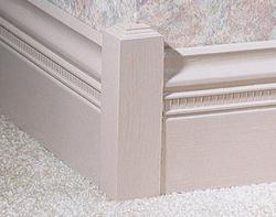 """1-1/4"""" x 1-1/4"""" x 6"""" Pine Outside Corner Base Block Moulding"""