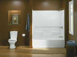 Sterling Advantage Bath/Shower with Place Backers (Right-Hand Drain)