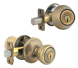 Kwikset Tylo Antique Brass Entry Knob and Single Cylinder Deadbolt Combo Pack