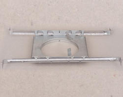 "5"" Plaster Frame With Bar Hanger"