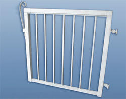 "42""H x 46""W Narrow Picket Gate, White"