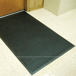 Tritan Ultra Scrape Multi-Purpose Rubber Mat 4' x 6' x 1/4""